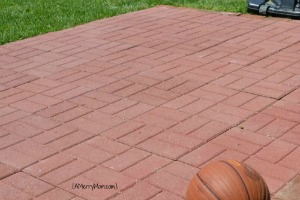 DIY basketball court from paver stones - AMerryMom.com