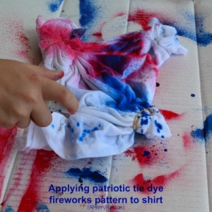 Tie dye shirts - applying fireworks pattern - amerrymom.com