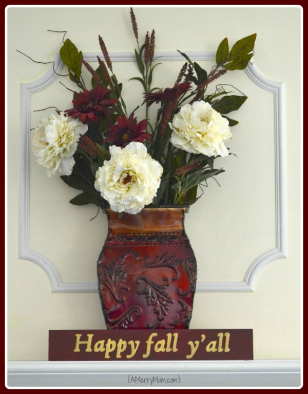 Happy fall y'all - DIY autumn sign - AMerryMom.com