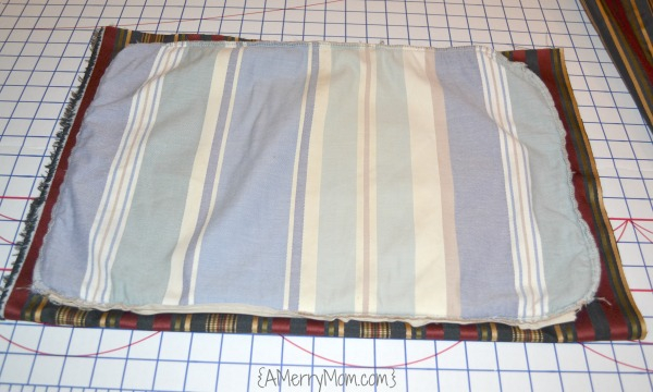 Pillow cover - sizing fabric | AMerryMom.com